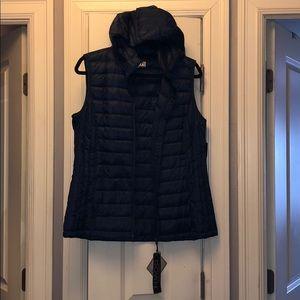 Packable Down Vest Hooded